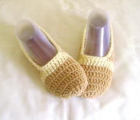 Unisex slippers beige cream wool slippers crochet slippers woman slippers home shoes cosy slippers man slippers